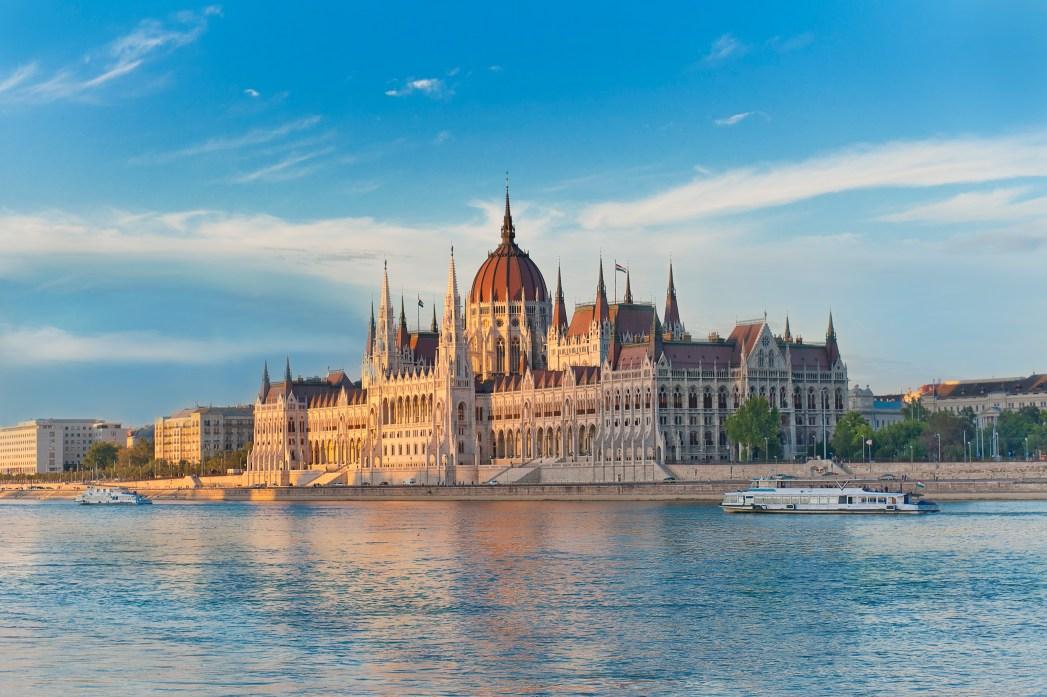 Voli low cost Ferragosto: Budapest