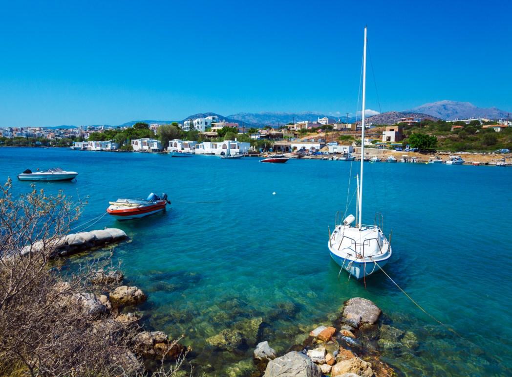 Agios Nikolaos, una delle spiagge più belle di Creta