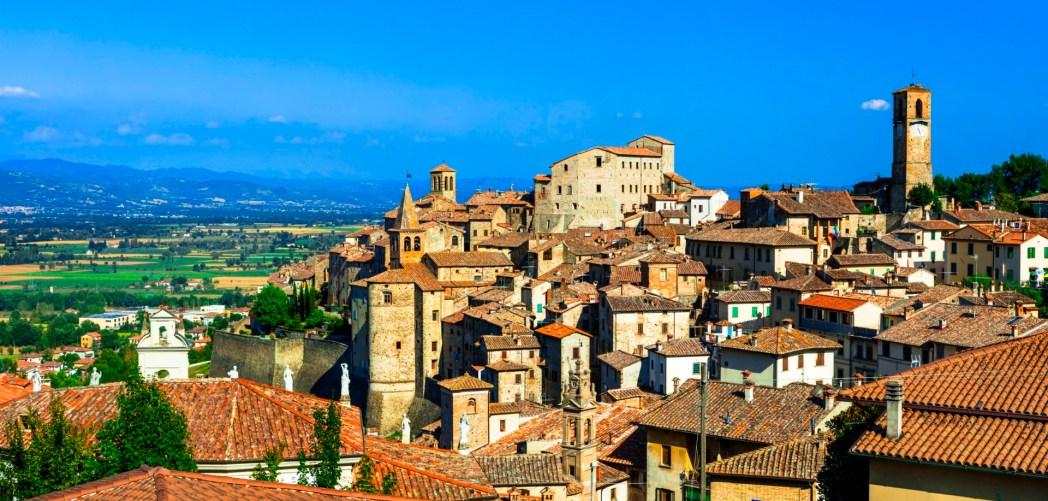 I 20 paesi pi belli d italia classifica 2015 skyscanner for Case di pietra del paese della collina del texas