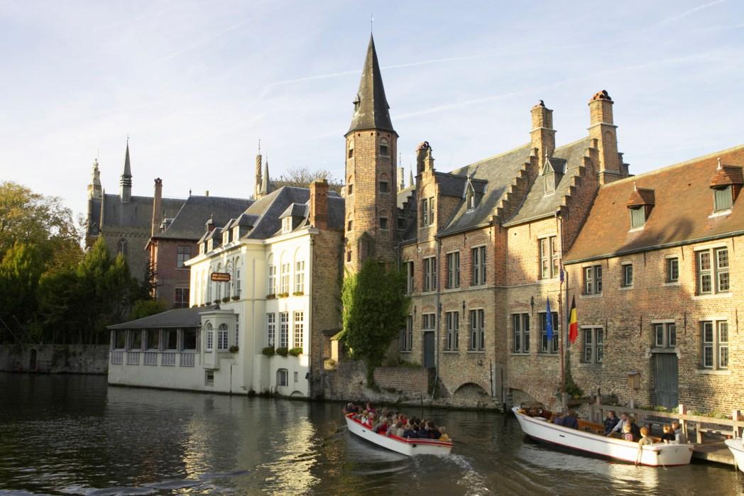Voli low cost Ferragosto: Villaggi incantati del Belgio
