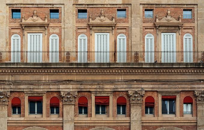 Le 30 finestre pi belle d 39 italia skyscanner italia for Il portico pizzeria bologna