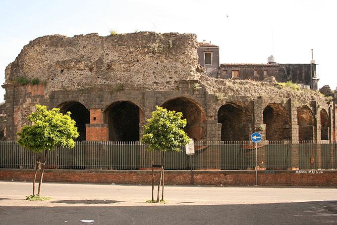 Roman ruins, Catania © Sarah Campbell