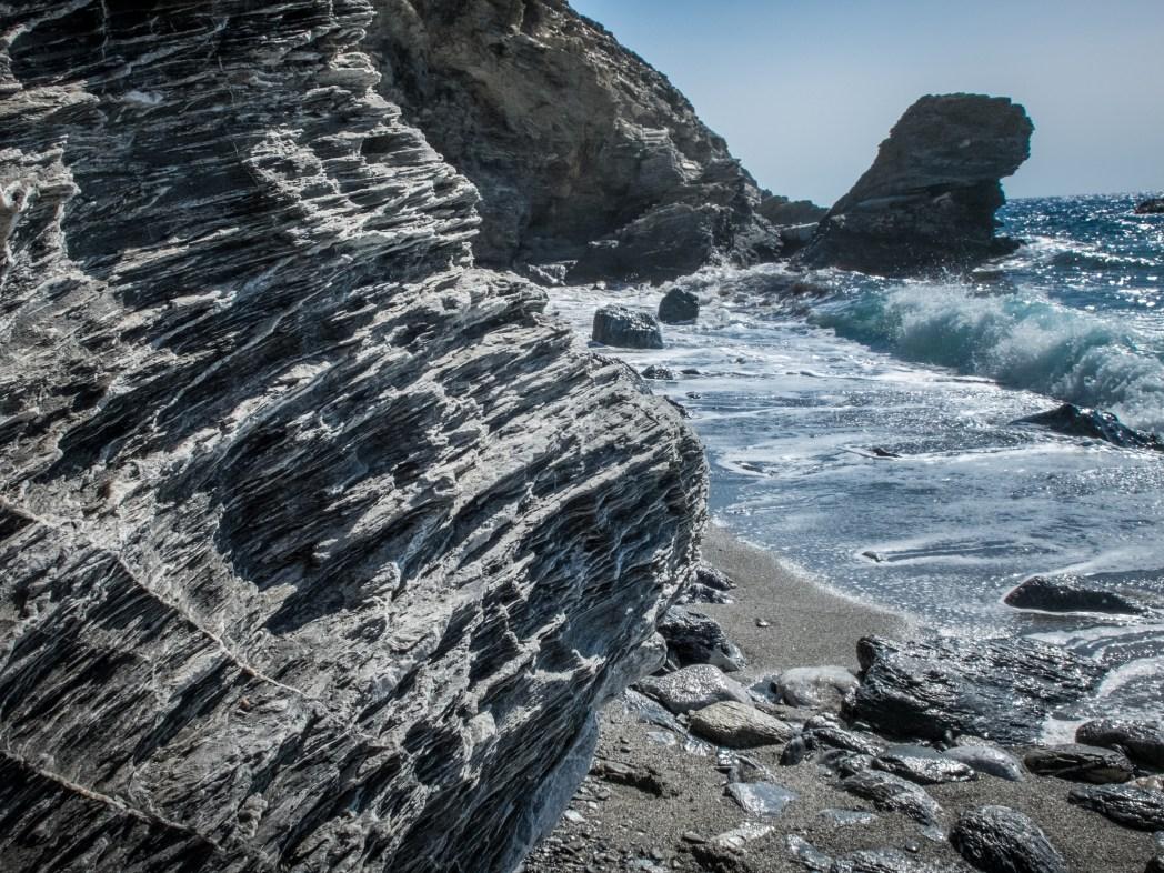 Amorgos, cosa vedere, Spiaggia di Mouros