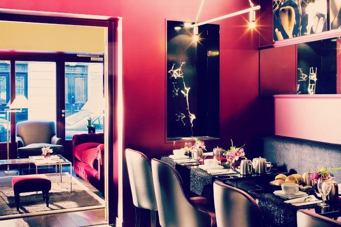 I 10 hotel pi romantici di parigi skyscanner italia for Soggiorno amsterdam economico