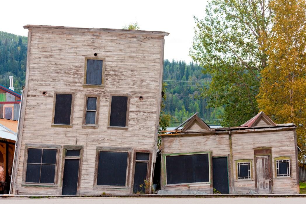 vista delle kissing Building a Dowson City, Canada