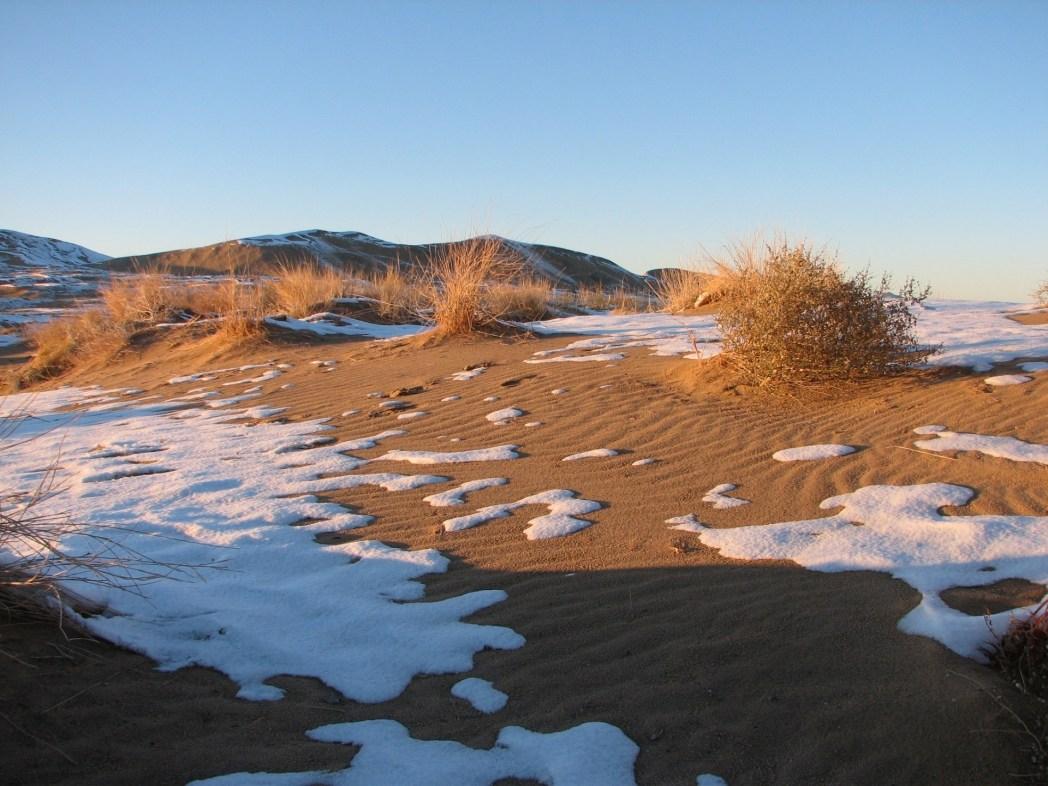 Deserto del Mojave - Dune con la neve