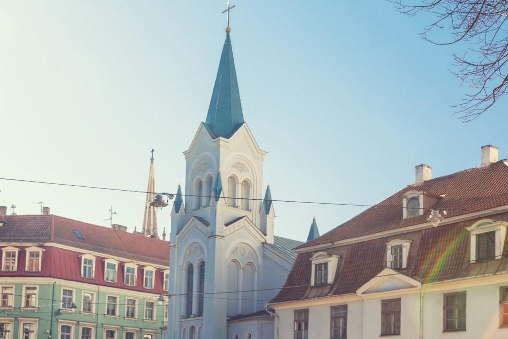 Facciata della chiesa Madonna Addolorata, Riga