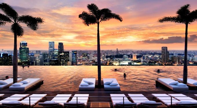 I 10 hotel pi incredibili di singapore skyscanner italia - Ingresso piscina marina bay sands ...