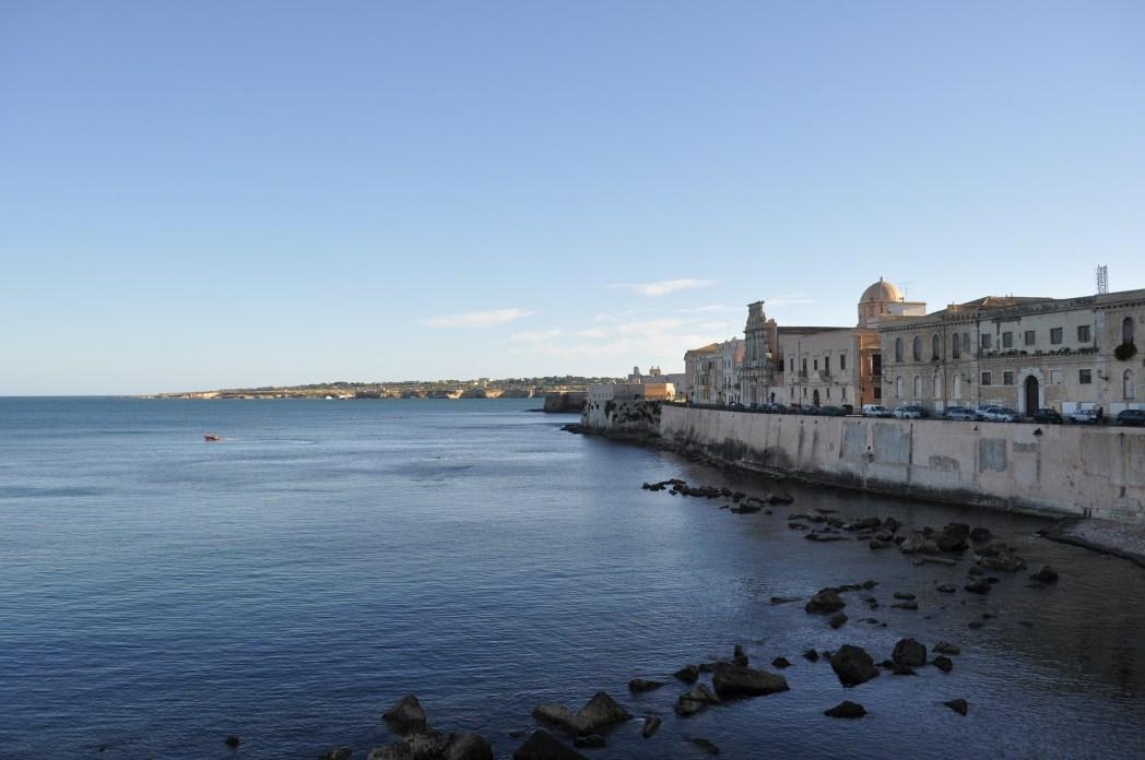 CENTRO STORICO DI Siracusa : Ortigia. CROCIERE NEL CUORE