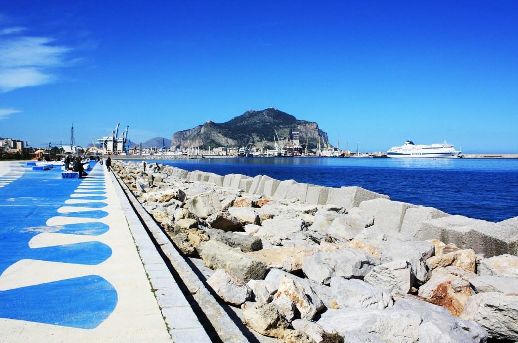 Quartieri di Palermo: La Cala