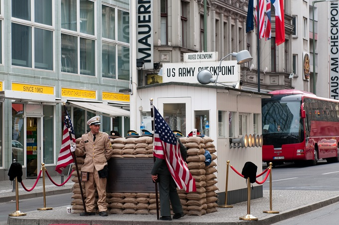 Berlino Cosa vedere: Checkpoint Charlie