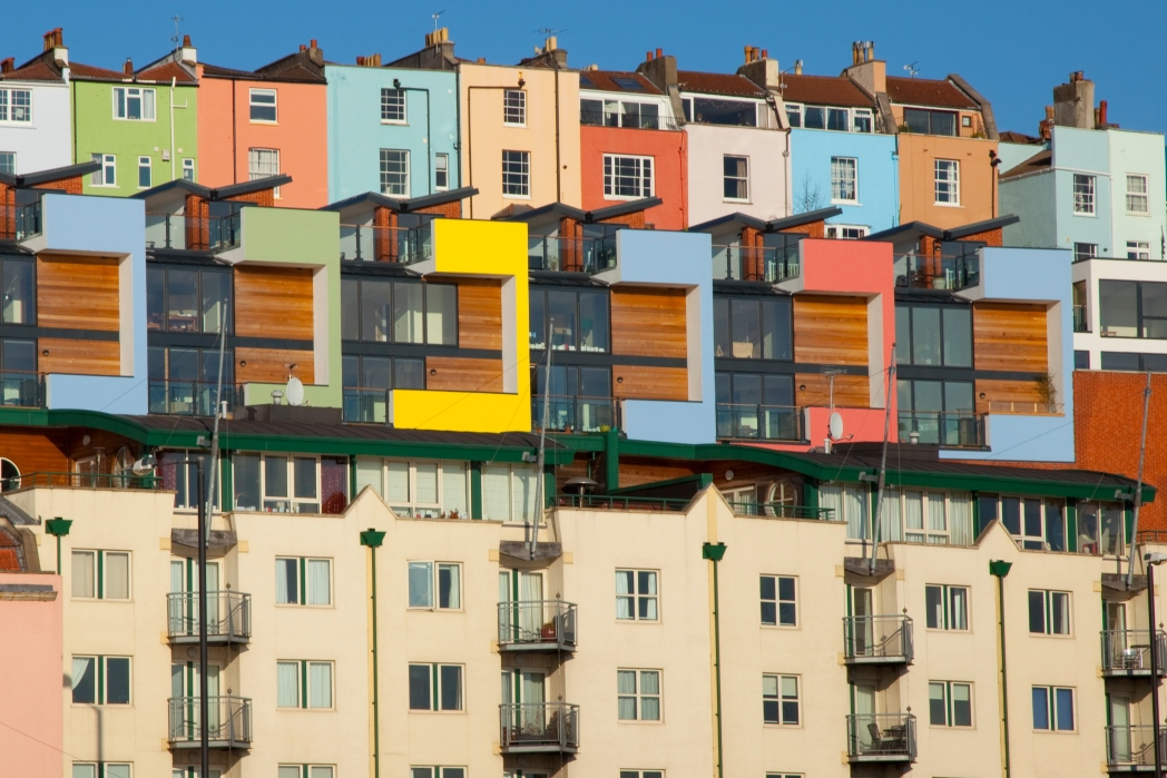 Bristol, case colorate